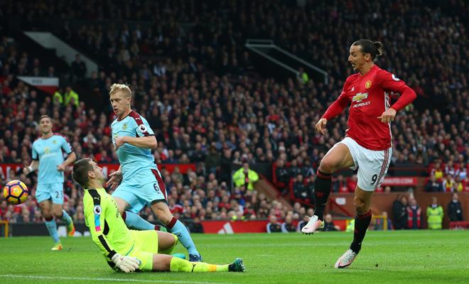 QUAN ĐIỂM: Ibrahimovic không được đá nữa, Man United không được phép xếp dưới Watford