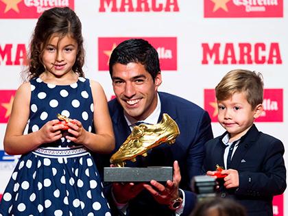 Barcelona: Vì sao Luis Suarez tịt ngòi?