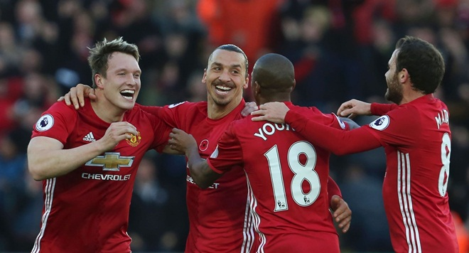 Swansea 1–3 Man United: Rooney, Pogba, Ibra tỏa sáng, Man United tìm lại nụ cười