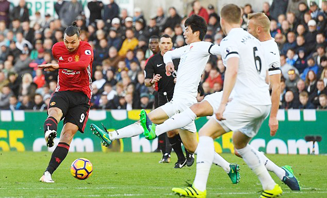 Ibrahimovic: 'Chỉ có tôi mới ghi được 25.000 bàn thắng'