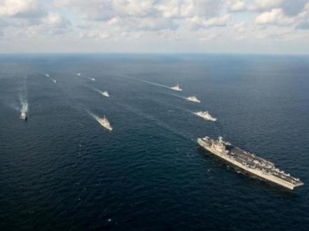 Hải quân Hàn Quốc tập trận đối phó với tên lửa Triều Tiên