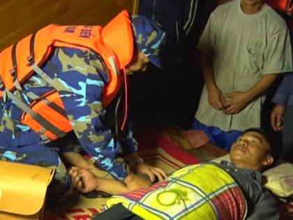 VIDEO: Vùng Cảnh sát biển 1 cứu nạn tàu cá trên biển