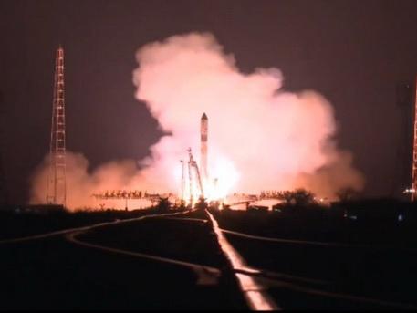 Xuất hiện VIDEO cảnh tàu vũ trụ Nga bốc cháy, lao xuống trái đất