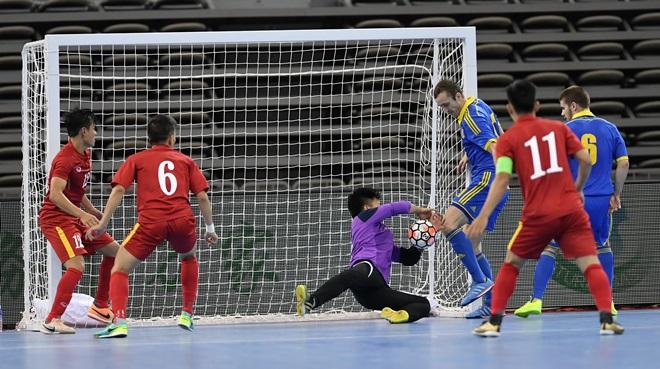Tuyển futsal Việt Nam thua đội hạng 8 thế giới