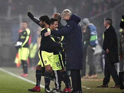 Sanchez bất ngờ ra 'YÊU SÁCH' với Arsenal sau khi được đề nghị lương khủng ở Trung Quốc