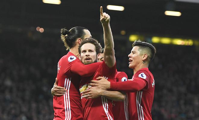 Man United: Blind hay nhất khi đá hậu vệ trái