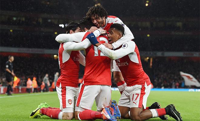 ĐIỂM NHẤN Arsenal 2-0 Crystal Palace: Giroud xứng đáng đá chính, Arsenal chưa bỏ cuộc