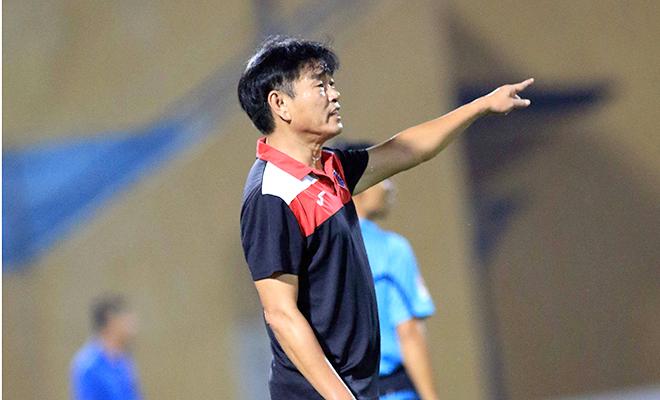 HLV Phan Thanh Hùng: 'Gặp lại CLB Hà Nội có cảm giác khó tả'