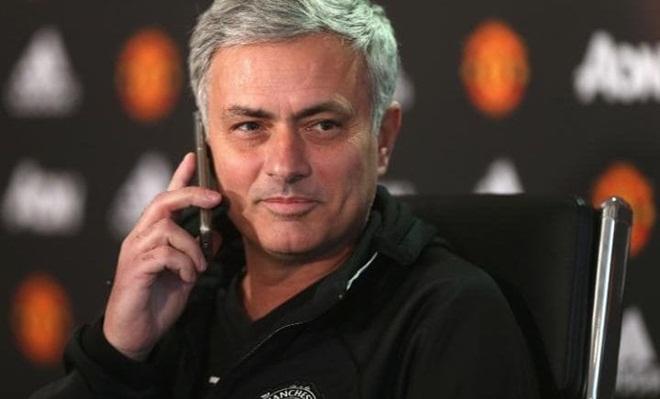 Mourinho sẽ khẳng định được nhiều điều nếu Man United đánh bại Liverpool