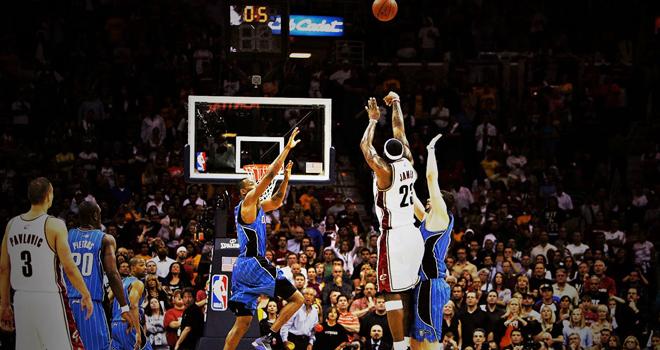 NBA: Detroit Pistons vỡ òa cảm xúc với cú 'buzzer beater'