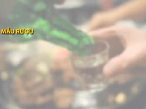 Rượu cồn Methanol giống thuốc độc như thế nào?