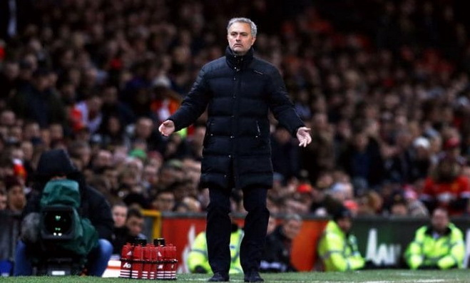 CẬP NHẬT tối 23/2: Roy Keane chỉ trích Mourinho ngạo mạn. Real bí mật đàm phán mua trụ cột Chelsea