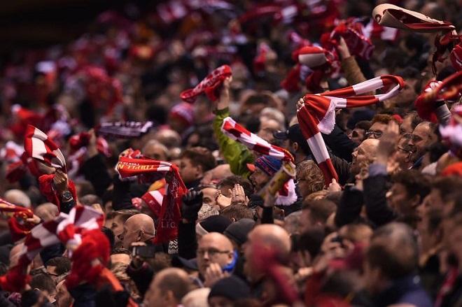 Phải đá xa nhà ở Europa League, Man United vẫn khiến CĐV 'mát lòng mát dạ'