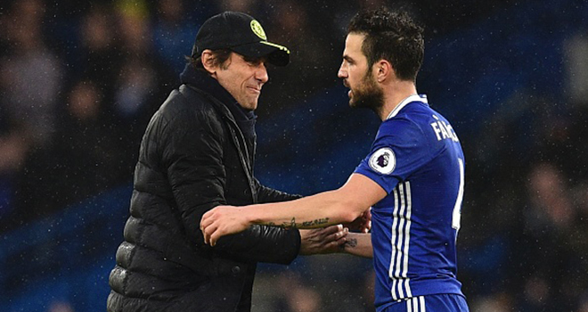 Fabregas là lời giải cho mọi khó khăn của Conte