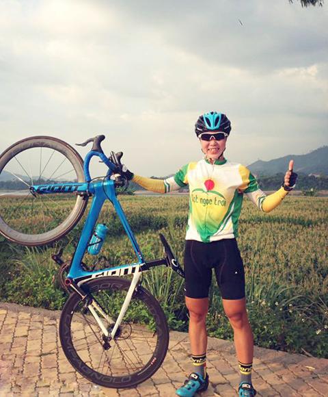 Xe đạp – Nghề nguy hiểm: Chuyện những cô gái mang trong mình dòng máu 'nam nhi'
