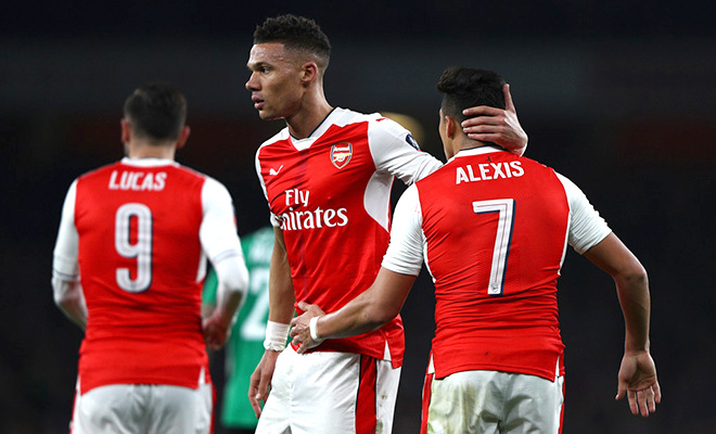 Arsenal giống phong cách, nhưng chưa thể bắt chước Barca