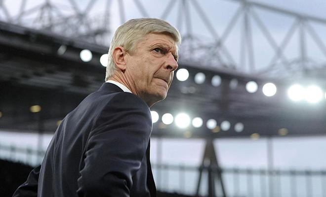 HLV Wenger có thể ở lại Arsenal: Chẳng thay đổi được gì đâu, 'Giáo sư'!