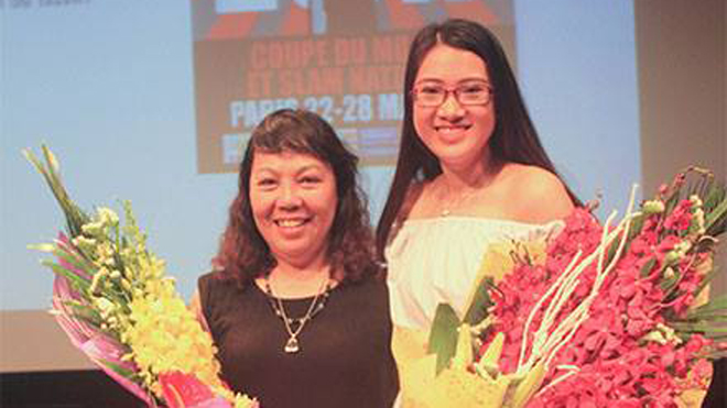 Thi Slam thơ tiếng Việt: Nhà văn Y Ban và nữ sinh viên ẵm giải, sang Pháp dự Slam thơ quốc tế