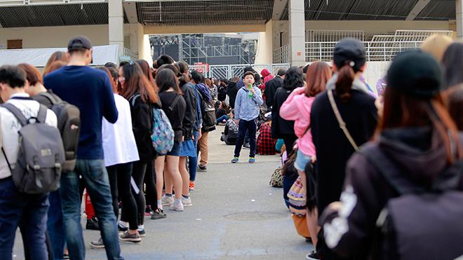 MBC Music K-Plus Concert: Đêm thứ 2, fan cuồng tăng gấp bội