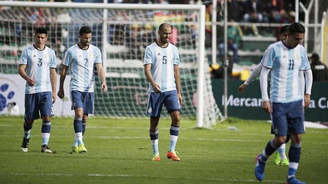 Vắng Messi, Argentina chỉ là những 'xác sống' biết đi