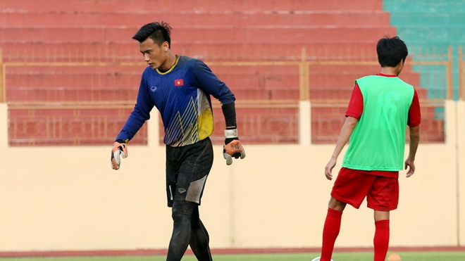 U20 Việt Nam mất thủ thành số một, cựu sao Chelsea tới Indonesia