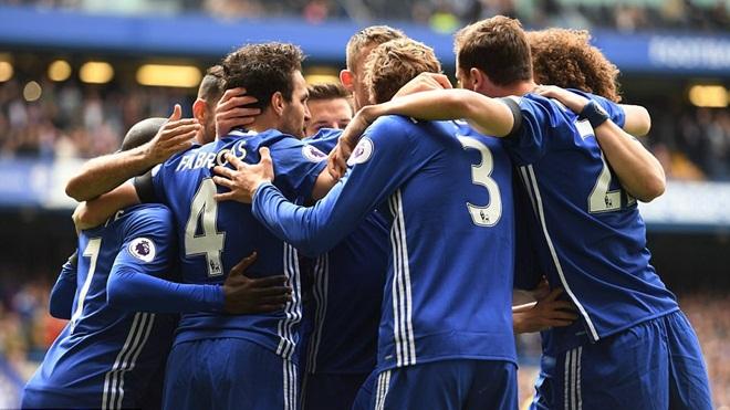 Chelsea có thể mất chức vô địch như Man United mùa 2011-12