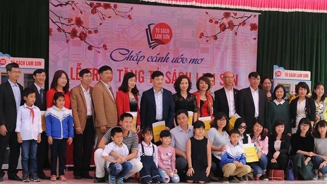 Thanh Hóa: Gần 200 'Tủ sách Lam Sơn' đến với học sinh tiểu học
