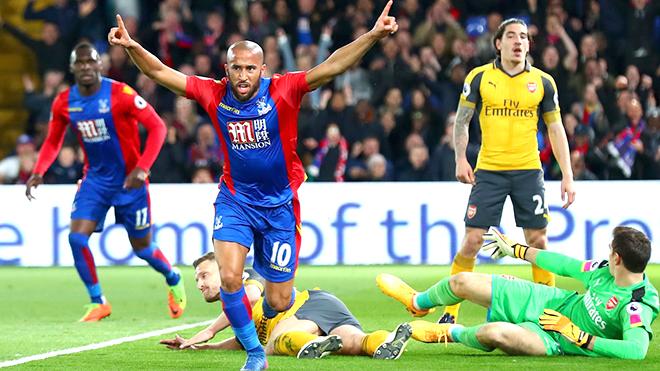 Hàng thủ Arsenal giờ gặp đội nhỏ cũng... 'sấp mặt'