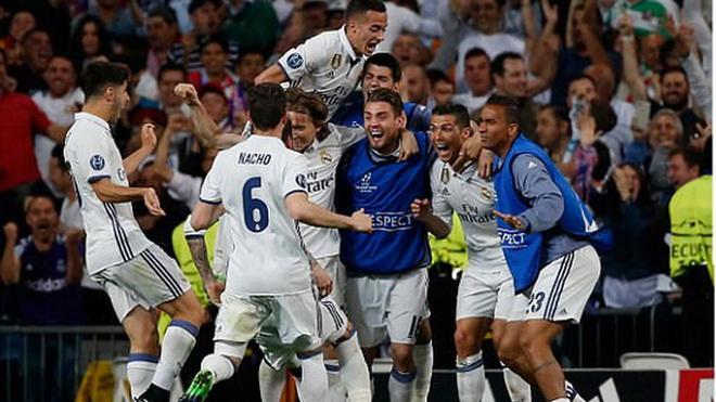 Trọng tài Viktor Kassai, 'cầu thủ thứ 12' của Real Madrid là ai?
