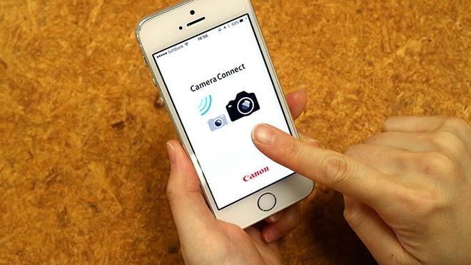 Ông chủ Facebook Zuckerberg tiết lộ sốc về camera 'thực tế ảo' trên smartphone