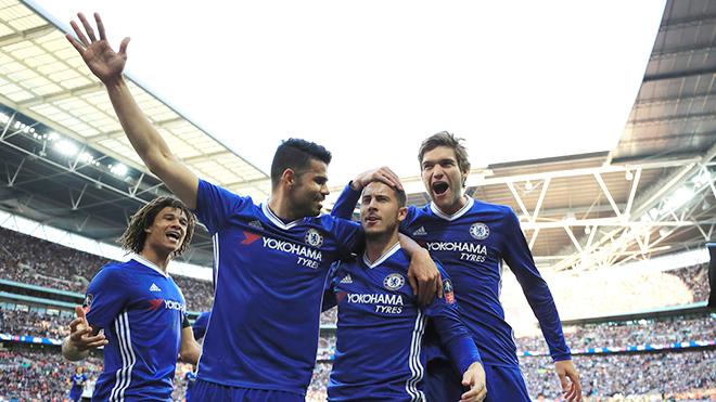 Chelsea sẽ có cú đúp ngọt ngào cho Conte?
