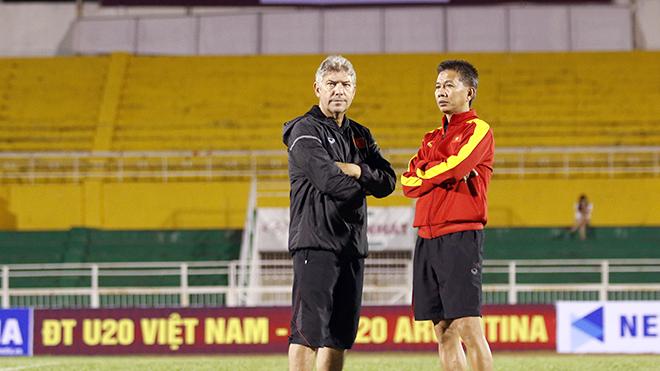 U20 Việt Nam gặp 'hậu duệ mặt trời'