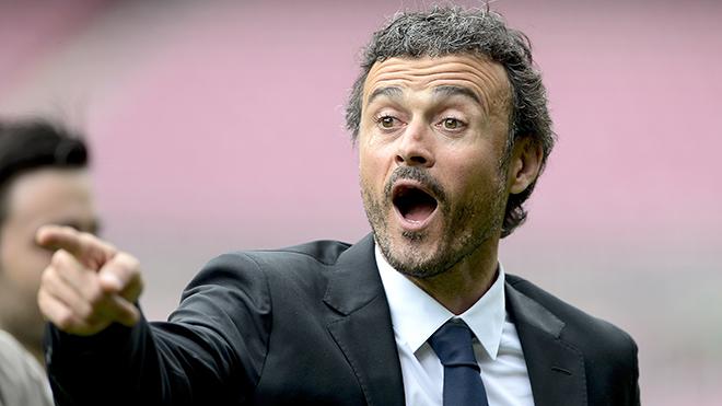 Với Luis Enrique, mỗi ngày là một cuộc chiến cùng Barca