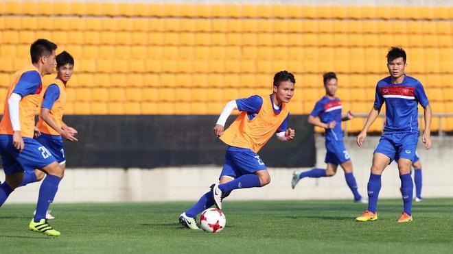 HLV Hoàng Văn Phúc: 'Cơ hội vẫn còn với U20 Việt Nam dù ít'
