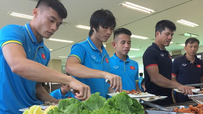 Hữu Thắng cấm U22 Việt Nam ăn mỳ tôm, sao Malaysia khát khao lên đỉnh SEA Games