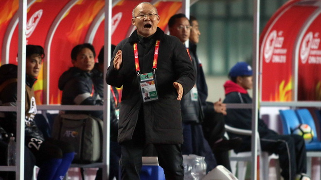 HLV Park Hang Seo: 'Đừng so sánh tôi với Hiddink, tôi học từ ông ấy'