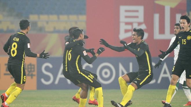 Malaysia loại Saudi Arabia, 'vẫy gọi' U23 Việt Nam vào tứ kết VCK U23 châu Á