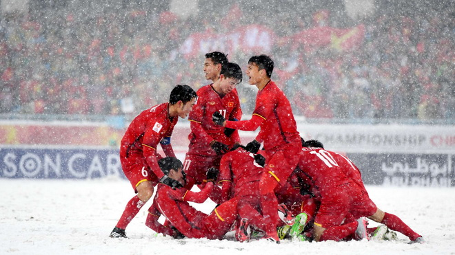 Bóng đá Việt Nam năm Mậu Tuất: Đòn bẩy từ kỳ tích U23 Việt Nam