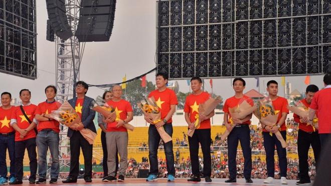 Đừng 'thâm canh' U23 Việt Nam nữa