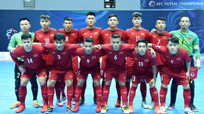Tuyển Việt Nam ngược dòng xuất thần vào tứ kết futsal châu Á 2018
