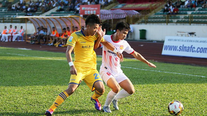 Video clip bàn thắng SLNA 0-1 Nam Định: Thầy trò HLV Văn Sỹ giành chiến thắng đầu tay