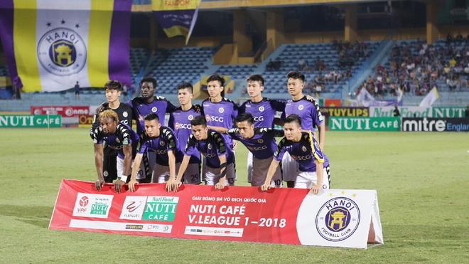 Video clip bàn thắng SLNA 3-2 Sài Gòn FC: Văn Đức lập cú đúp trong 45 phút