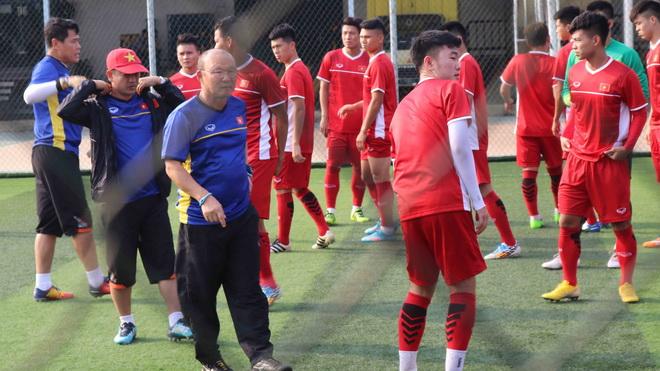 U23 Việt Nam 'dở khóc, dở cười' vì lễ khai mạc ASIAD 2018