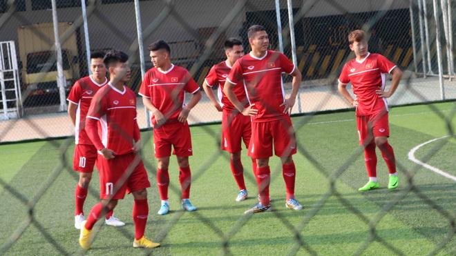 Sợ bị chê sân xấu, BTC ASIAD yêu cầu U23 Việt Nam tập kín