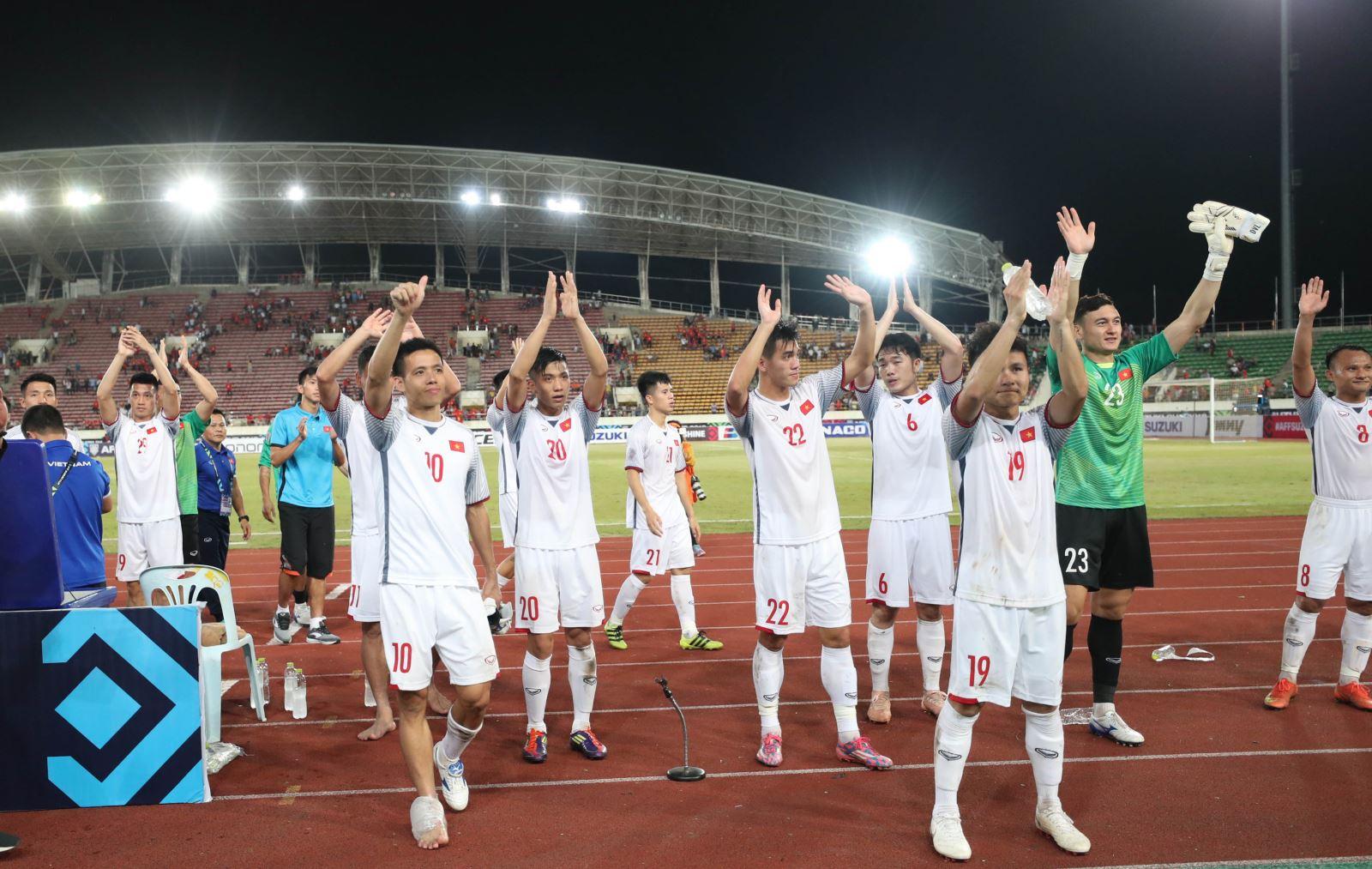 Báo Hàn ca ngợi thầy Park, tuyển Việt Nam được tái khẳng định là ứng cử viên vô địch AFF Cup