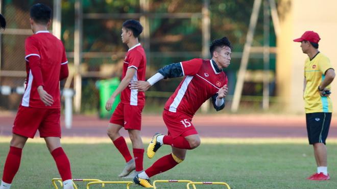 Đội trưởng Văn Quyết: 'Tuyển Việt Nam có bộ mặt mới, khát khao hơn'