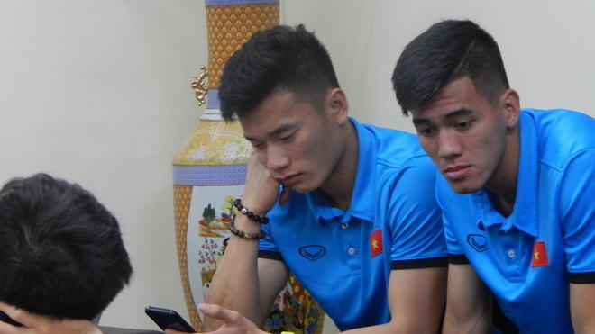 Tuyển Việt Nam mệt nhoài khi đến Philippines