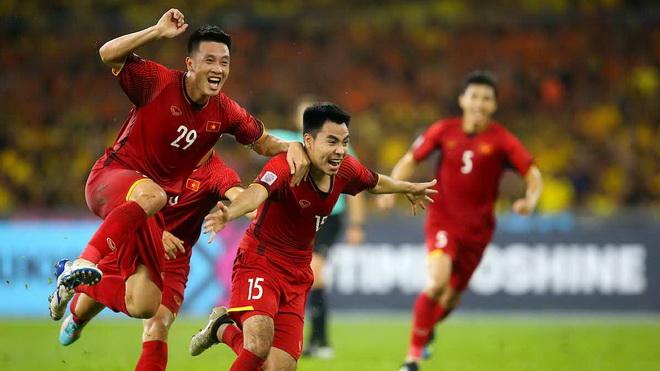 Tuyển Việt Nam vẫn đá với Malaysia trong tháng 3