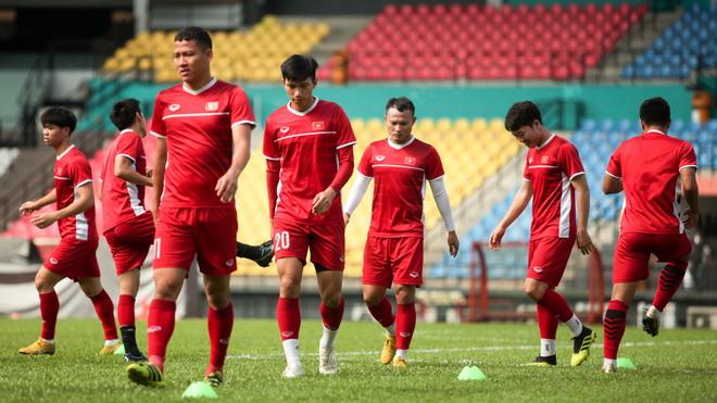 Tuyển Việt Nam tập trung cao độ đấu chung kết lượt đi với Malaysia