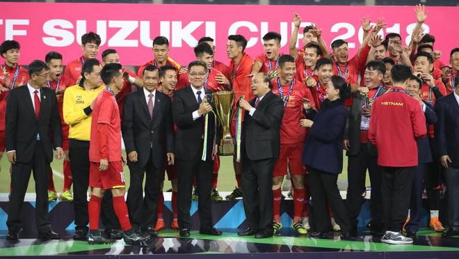 HLV Tan Cheng Hoe tâm phục khẩu phục chức vô địch của tuyển Việt Nam